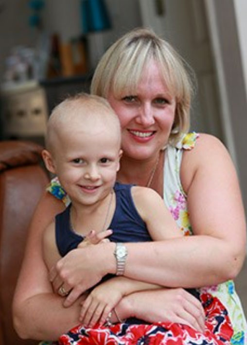 Jane with her daughter, Alice, who was diagnosed with a kidney cancer, Wilms' tumour