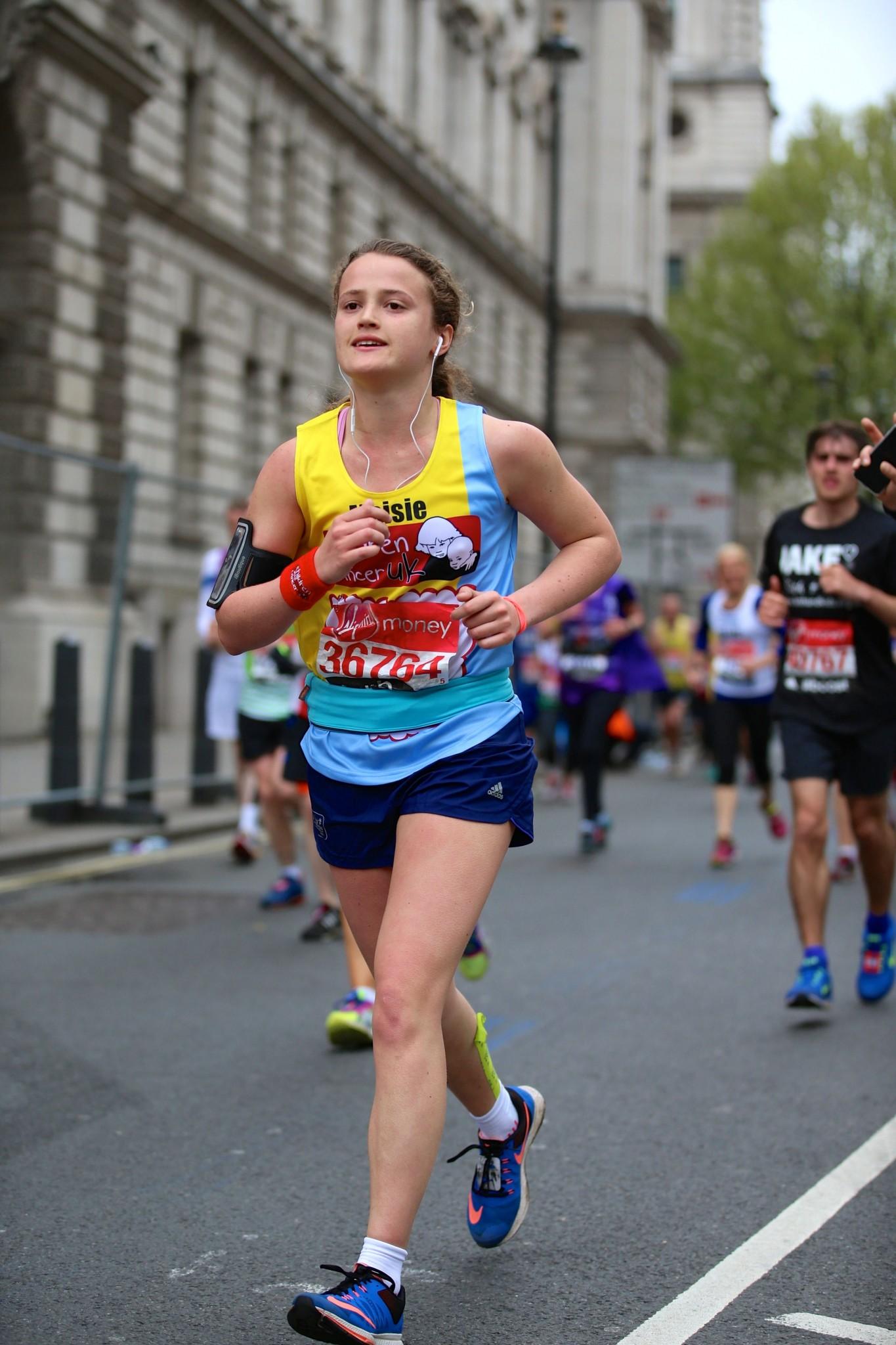 Maisie running the London marathon