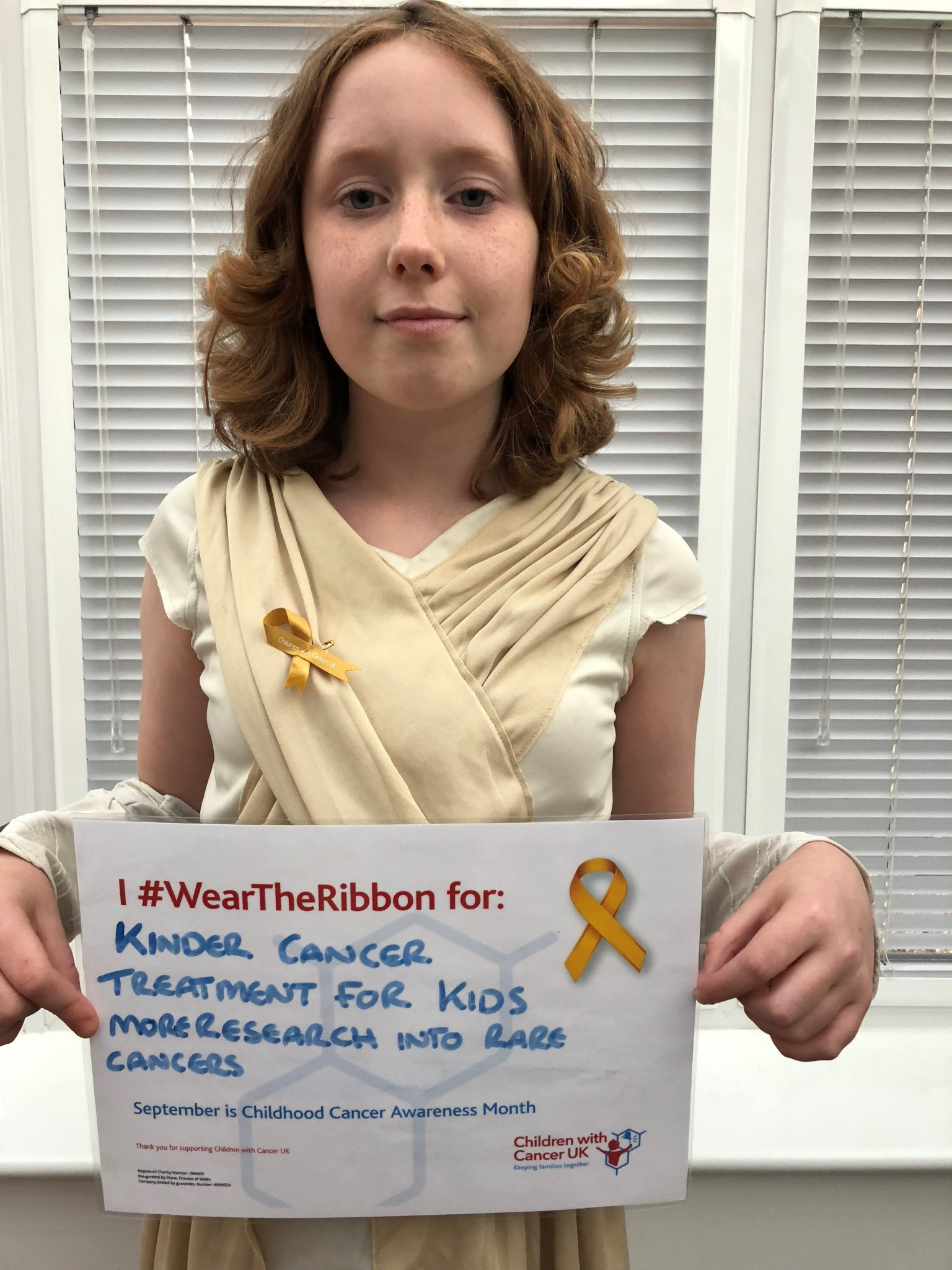 Ellie ccam wear the ribbon
