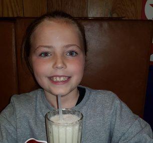 girl with milkshake