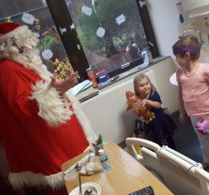 Suki santa visit to room
